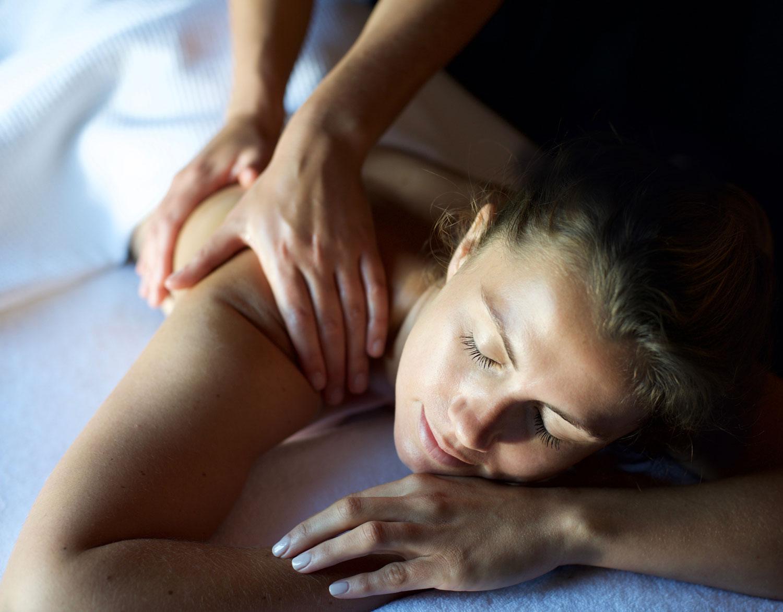 Massage treatment at Weavers' House Spa
